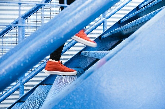 3 Reasons To Step Up & Stand Out During Tough Times